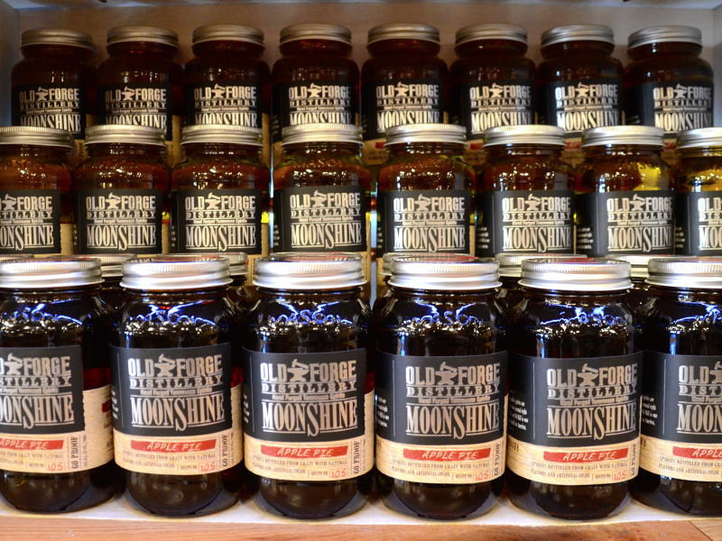 WHAT IS CRAFT MOONSHINE?